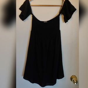 🍒Flying Tomato black off shoulder mini dress M